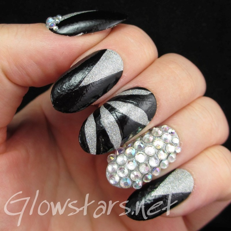 You were my heart shaped queen nail art by Vic 'Glowstars' Pires