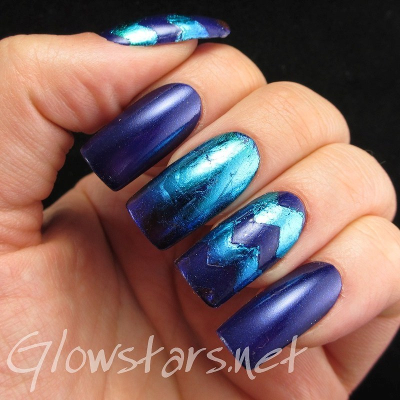 Some zig zag foils nail art by Vic 'Glowstars' Pires