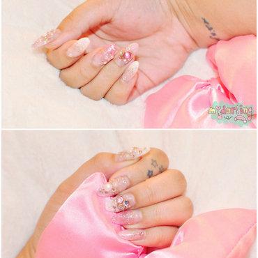 Classic Girly Gyaru nails. nail art by Carise Iris