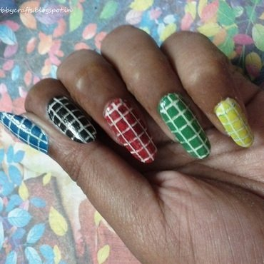 checkerd nails nail art by Radhika