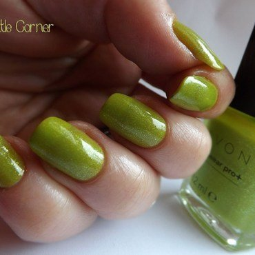 Avon- Divine Lime Swatch by Cris'