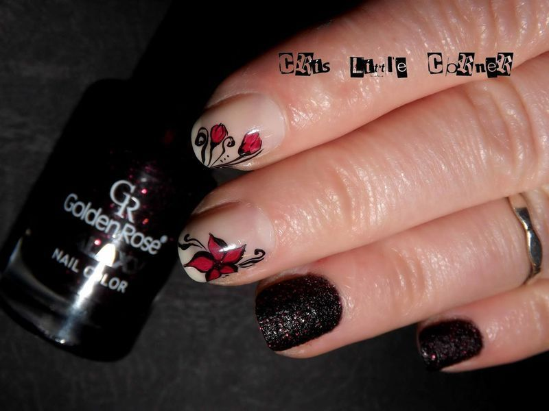 little flowers nail art by Cris'