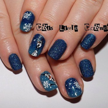 frozen nail art by Cris'
