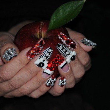 Transylnailnia by BellaGemaNails nail art by BellaGemaNails