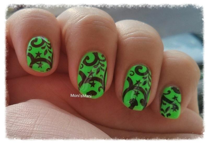 neon stars nail art by Moni'sMani