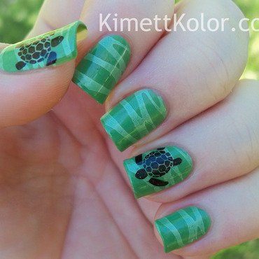 Turtles & Sea Foam nail art by Kimett Kolor