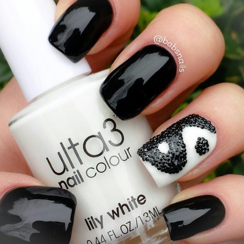 Yin Yang nail art by Brooke (babs)