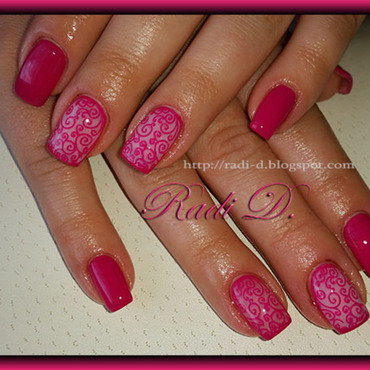 Magenta with Swirls nail art by Radi Dimitrova