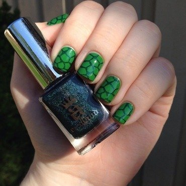 Turtle nail art nail art by Janita