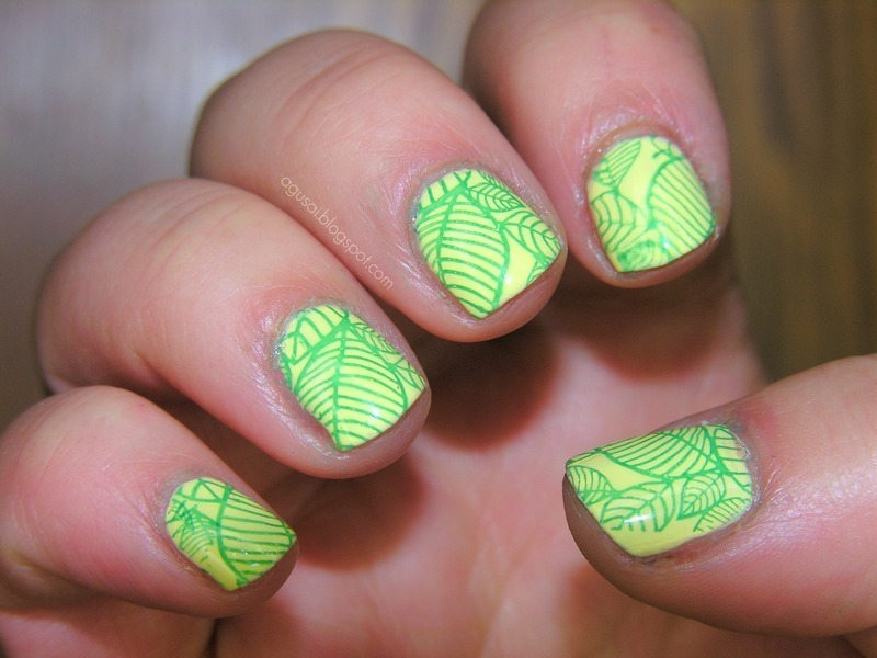 Leaves nail art by Agni