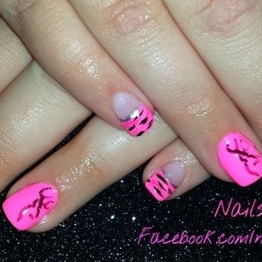 Pink camo nails on acrylic nail art by Cheri  Grachek