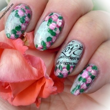Vintage roses nail art by T. Andi