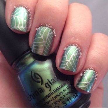 Unpredictable Webs nail art by Kylie