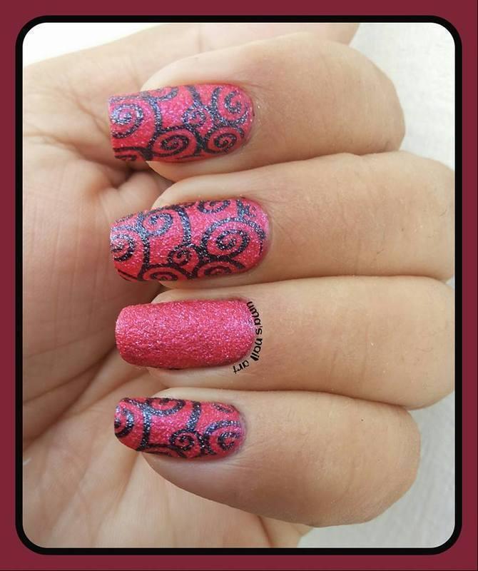 textured swirlls nail art by Uma mathur