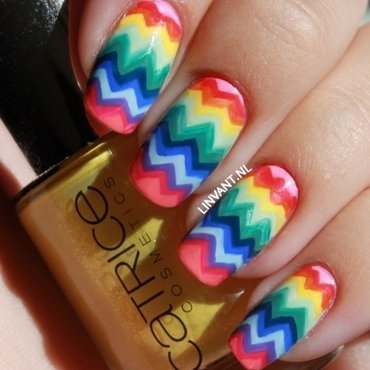 Summer Chevrons nail art by Lin van T