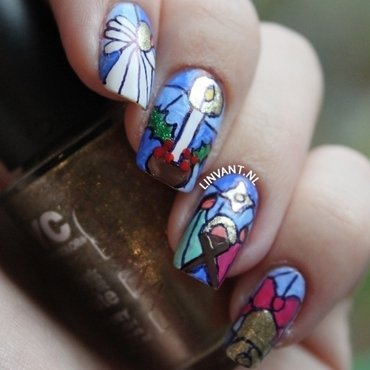 Stained Glass nail art by Lin van T