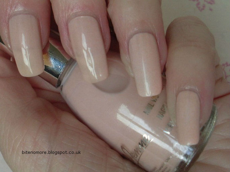 La Femme Nude Swatch by Tracey - Bite no more - Nailpolis: Museum of ...