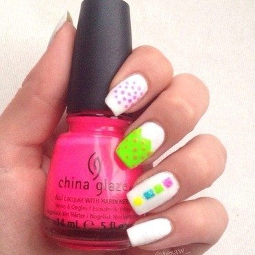 Neon Splash nail art by tesaw