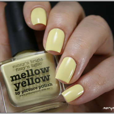 piCture pOlish Mellow Yellow Swatch by Mary Monkett