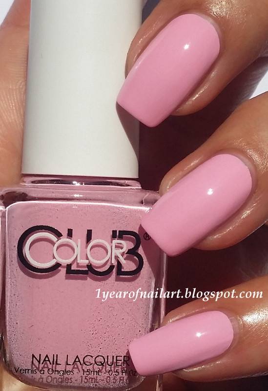 Color Club Je t'aime Swatch by Margriet Sijperda