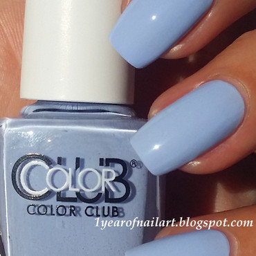 Color Club Holy Chic! Swatch by Margriet Sijperda