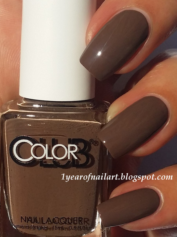 Color Club Fondue for two Swatch by Margriet Sijperda