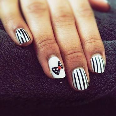 Black and White nail art by Preeya Vadukar