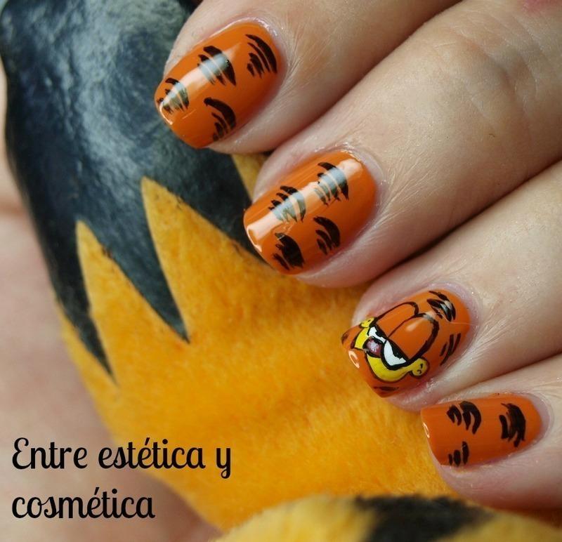 Garfield nails nail art by MartaRuso
