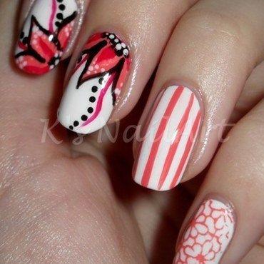 Coral floral nails 1 thumb370f