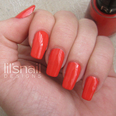 Swatch revlon pretty in papaya thumb370f