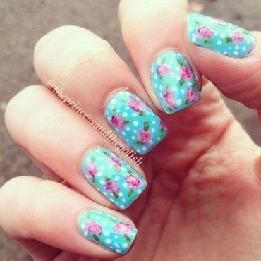 Floral - Cath Kidston inspired! nail art by Alexandra