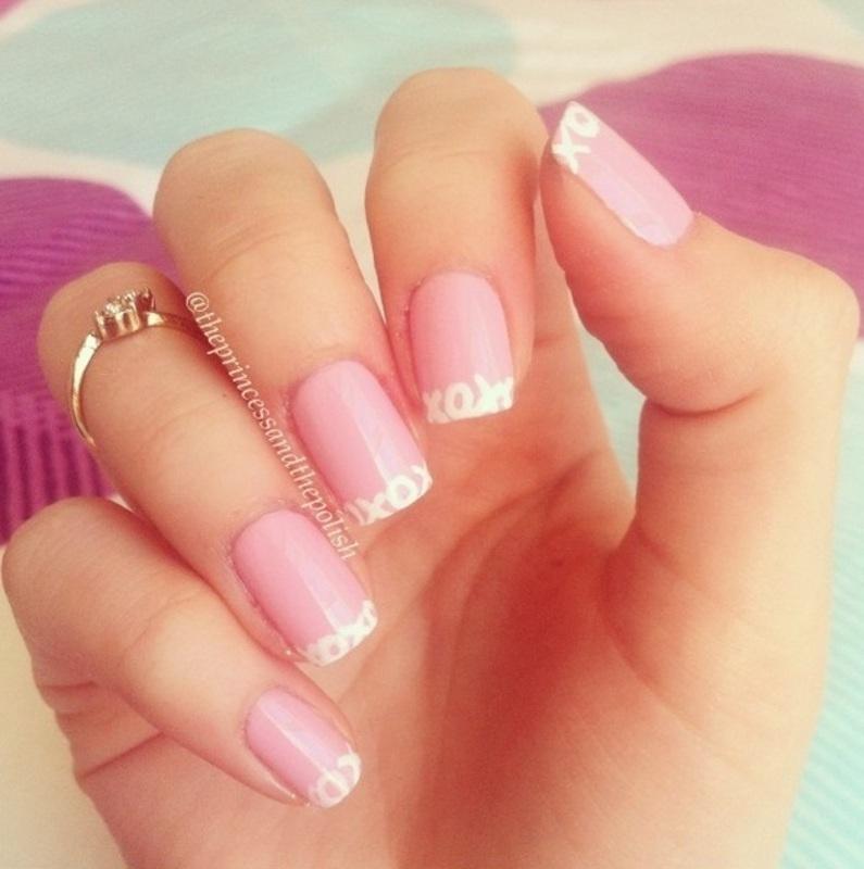 xoxo - #nailartfeb nail art by Alexandra