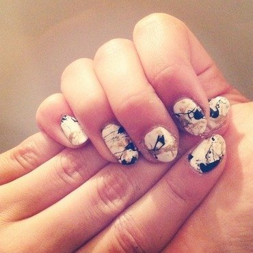 Gold & Black Splatter Nails nail art by Eva