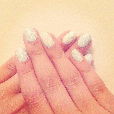 Quatrefoil Nails nail art by Eva