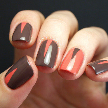 Two Toned Skinny Triangles  nail art by Emiline Harris