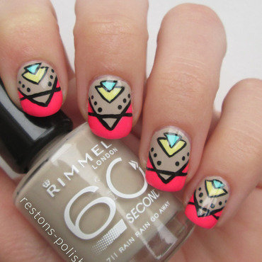 Nail art triangles thumb370f