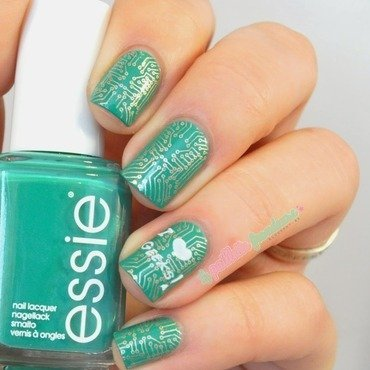 Nailstorming geek essie ruffles and feathers 1 thumb370f