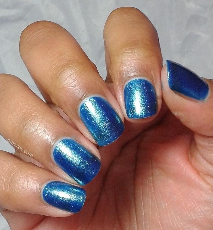 Kiko 530 Pearly Blue Peacock Swatch by Pinezoe