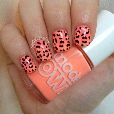 Leopard Print Gradient nail art by allpolishedout