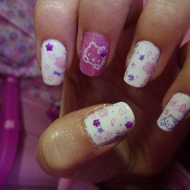 Hello Kitty nail art by Maria Nuñez
