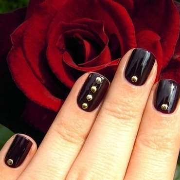 Deliciously Studded nail art by nihrida