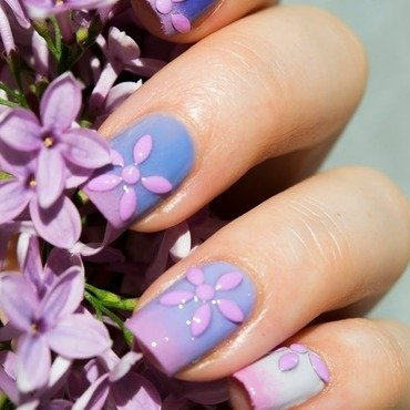 Lilac Nails nail art by  Petra  - Blingfinger