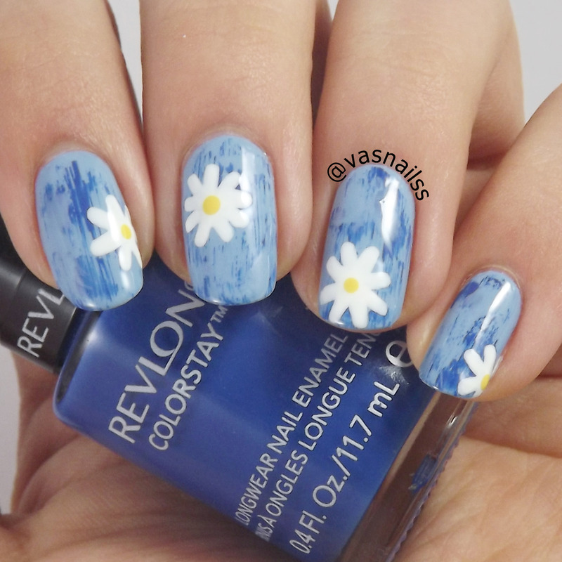 Distressed Daisies nail art by  Vanesa