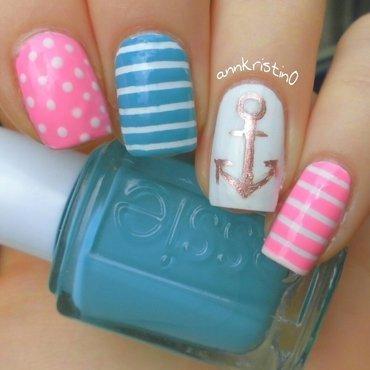 Pretty Nautical Nails nail art by Ann-Kristin