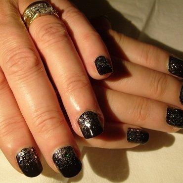 Glamourous Reverse Gradient nail art by Lina-Elvira