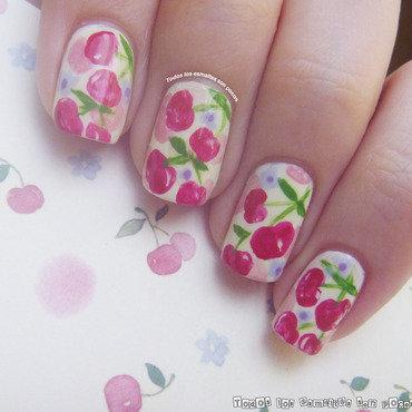 Manicura cerezas todos los esmaltes son pocos thumb370f