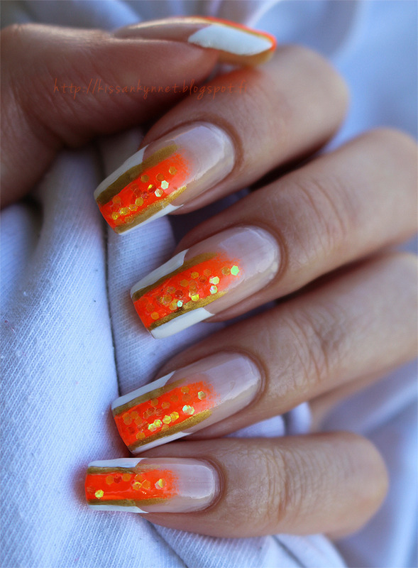 French Manicure With A Twist Nail Art By Yue Nailpolis Museum Of Nail Art
