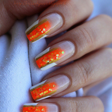 French Manicure With a Twist nail art by Yue