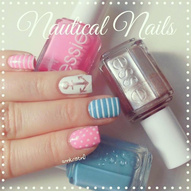 Pretty Nautical Nails #2 nail art by Ann-Kristin