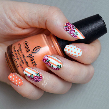 Floral vignette for a surprise mani swap nail art by simplynailogical